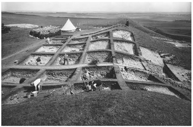 Excavations at the site of Maiden Castle in England in the 1930s.