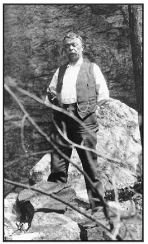 Max Schrabisch at Bear Rock near Boonton, 1914.
