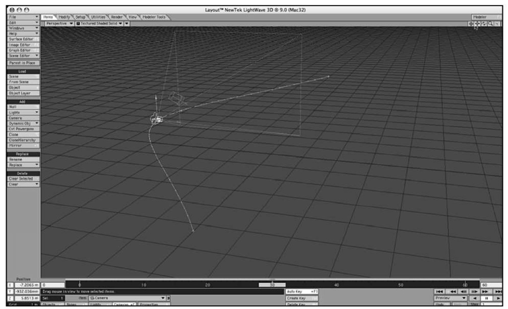 LightWave interactively updates motion paths with the Auto Key button active.