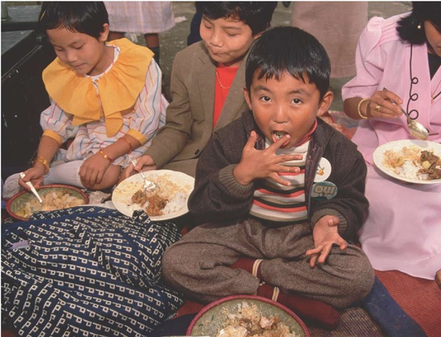 Mealtime is a special time for this boy and his family.